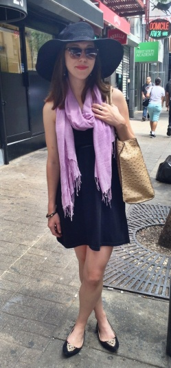 fir-flare-Summer-outfit-ideas-with-scarf